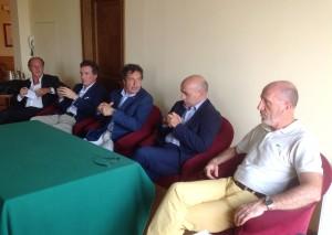 Tavolo presidenza Consorzio Toscana Golf